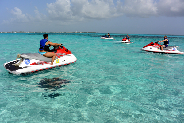 Grand Cayman Cayman stingray city waverunners excursion