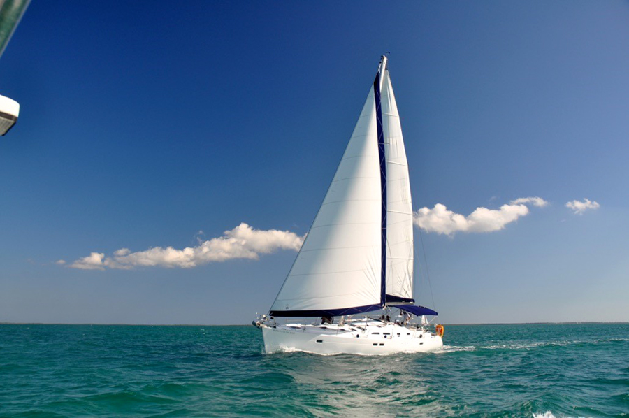 Cayman sailing charters