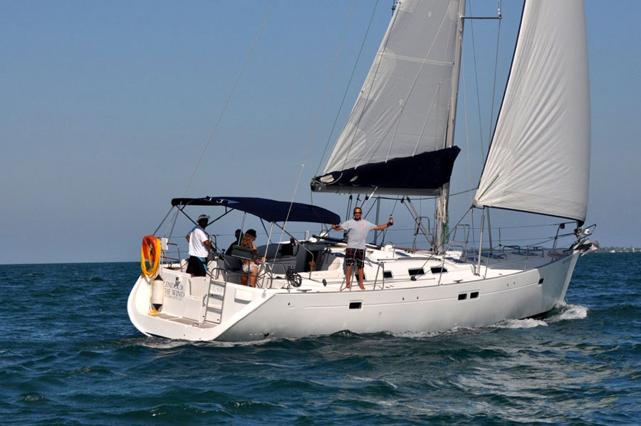 cayman-sailing-3