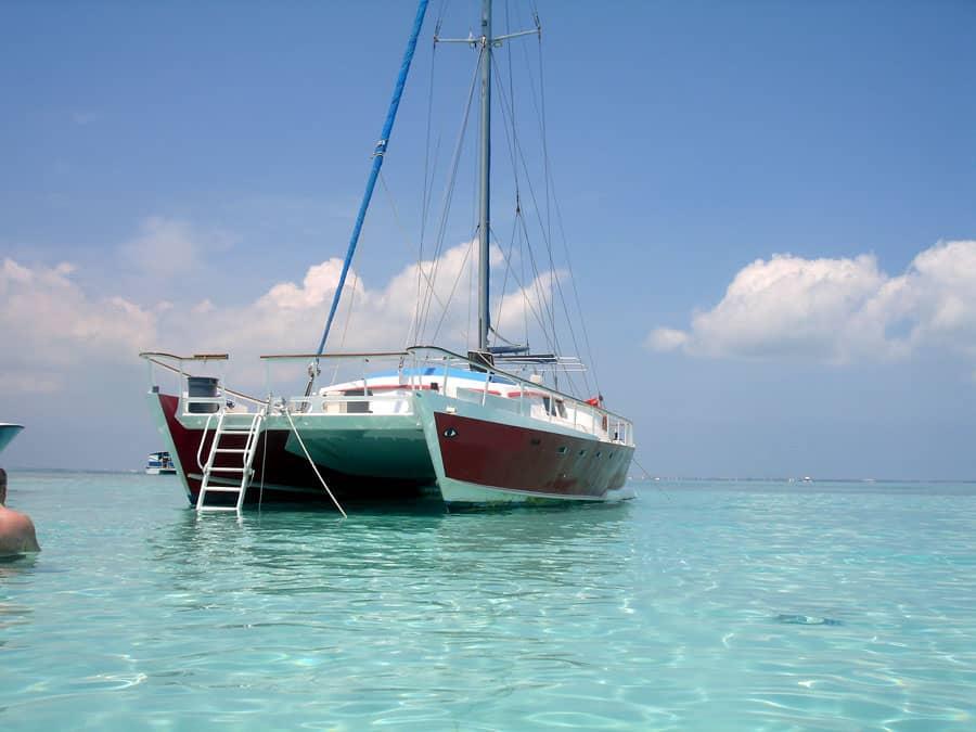 stingray-city-catamaran2